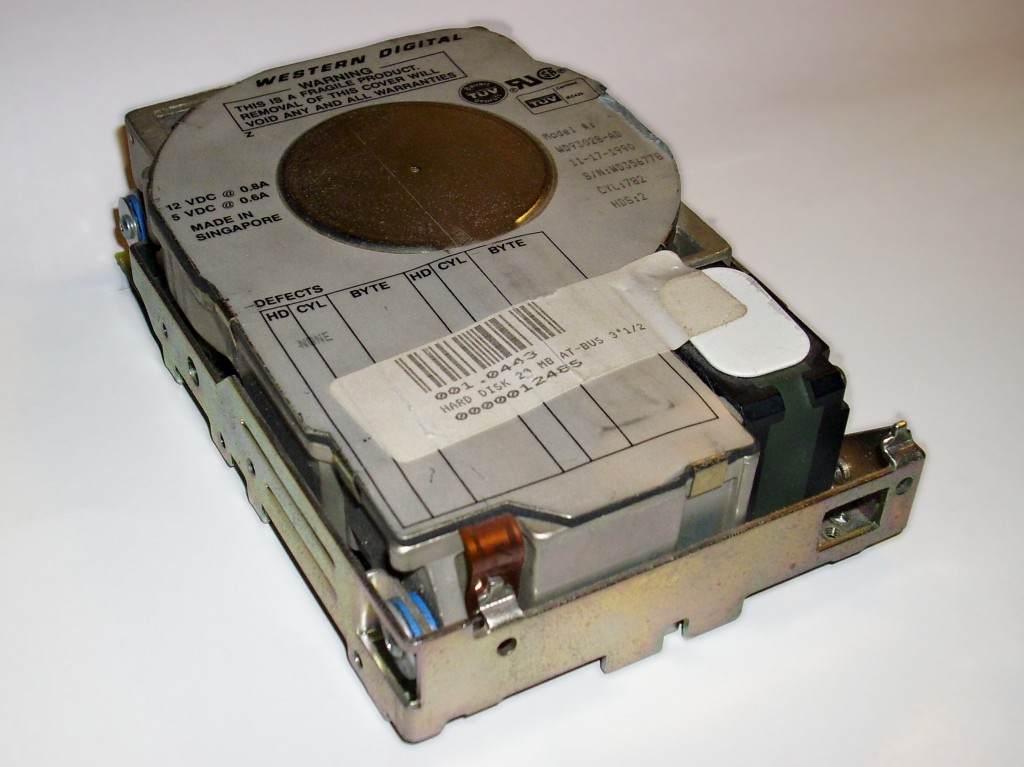 Old_wd_hard_disk_03